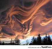 Amazing Nimbus: 25 Breathtaking Photographs of Beautiful Cloud Formation