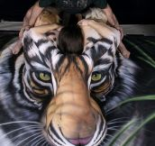Awesome tiger body art!