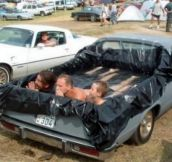 20 Ragin` Redneck Inventions (GIFs + Pics)