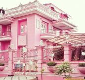 Hello Kitty house…