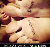 Miley Cyrus Got A New Tattoo
