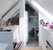 Tiny Apartment in Paris (11 Pics)