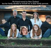 18 Awesomely Funny Family Portraits