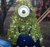 Minion Christmas tree