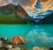 This almost looks like Lake Louise in Canada