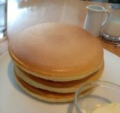 Oddly satisfying pancakes…