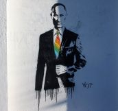 Awesome street art of Putin…
