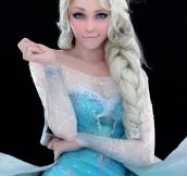 Best Frozen cosplay ever…