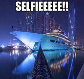 Boat Sailfie