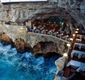 An Italian restaurant built into an ocean side grotto. Yes, please!