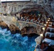 An Italian restaurant built into an ocean side grotto. Yes, please!