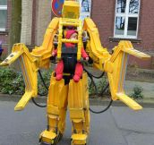 Caterpillar P5000 Costume