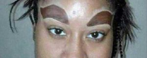 Girls Who Must Not Know What Eyebrows Are Supposed To Look Like (21 pics)