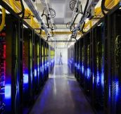 Inside Google, Microsoft, Facebook and HP Data Centers (15 Pics)