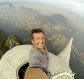 The World's Highest Selfie (4 pics)