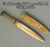 Tutenkhamun's Gold Dagger
