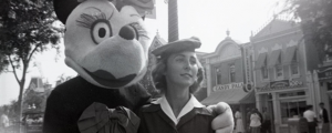 24 Creepy Vintage Disneyland Photos