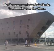Library Inspired In Star Wars