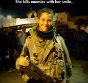 Ridiculously Photogenic Army Girl