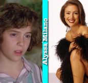 15 Awkward Child Stars Who Became Hotties