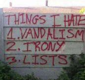 Vandals Are Comedians Nowadays