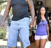 21 Pictures That Show Just How Massive Shaquille O'Neal Really Is