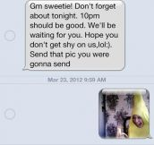 19 Hilarious Ways People Responded To Wrong Number Texts