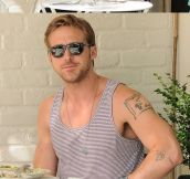 Ryan Gosling Vs. The Paparazzi