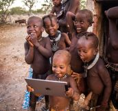 Tribal Children See An iPad For The First Time