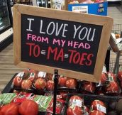 This tomato sign…