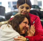 Tearful Mother Listens to Her Deceased Son's Heartbeat inside the Woman who the Heart was donated to
