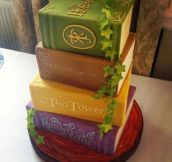 Perfect LOTR Cake