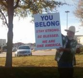 Man outside Texan mosque