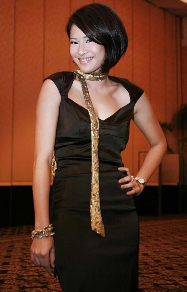 Dian Sastrowardoyo 630x984 Top 26 Beautiful Indonesian Women in Media