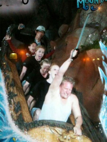 People From Roller Coasters ThumbPress 18 Winners and Losers from Roller Coasters (62 Pics)