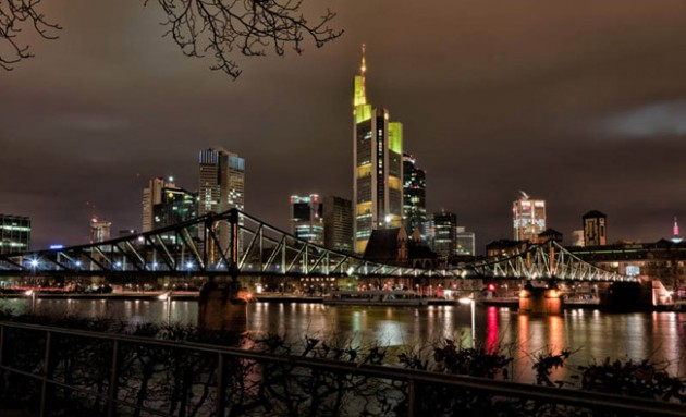 frankfurt skyline aeria 630x383 25 Awesome Pictures Of Skylines From Around The World