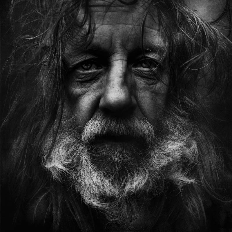 homeless black and white portraits lee jeffries 18 25 Incredibly Detailed Black And White Portraits of the Homeless by Lee Jeffries