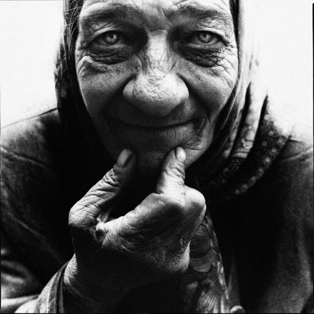 homeless-black-and-white-portraits-lee-jeffries-20