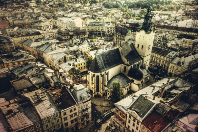 lviv ukraine skyline aerial 630x422 25 Awesome Pictures Of Skylines From Around The World