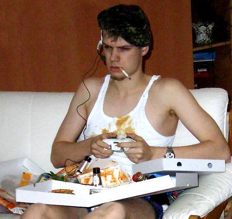 hardcore gamer smoking pizza slob The Benefits of Online College Classes vs. Attending College