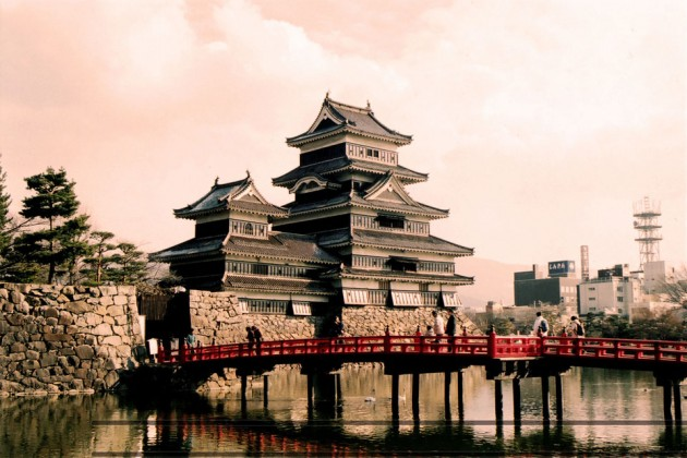 Matsumotojo Castle 630x420 20 Amazingly Beautiful Castles from Around the World