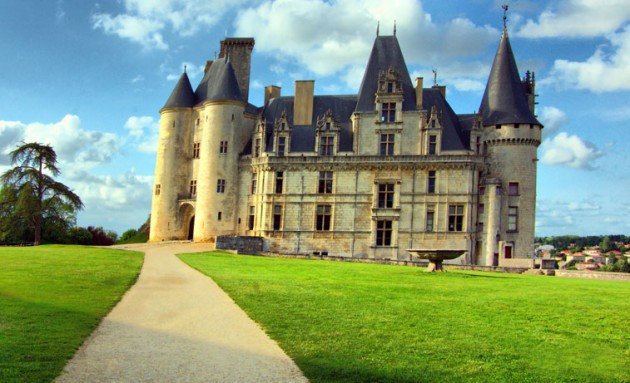 Rochefoucauld Castle 630x383 20 Amazingly Beautiful Castles from Around the World