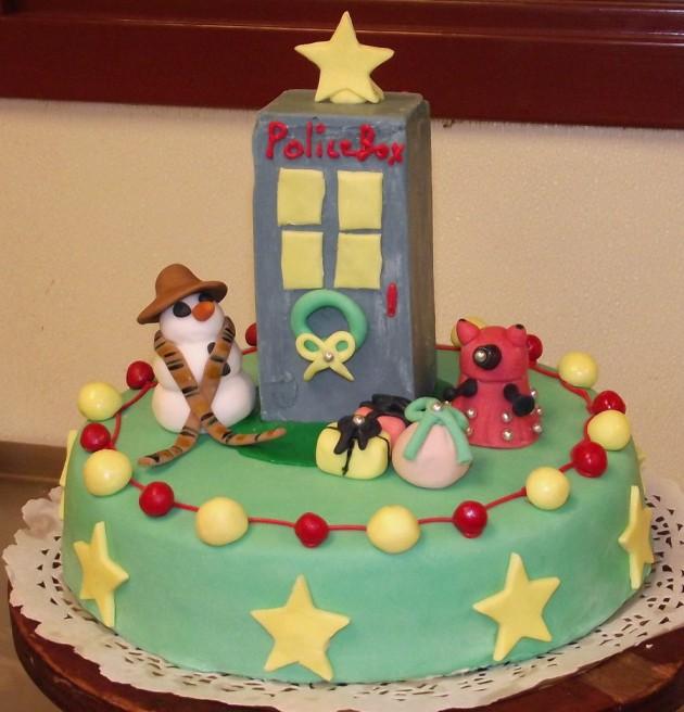 Awesome Christmas Cakes 10