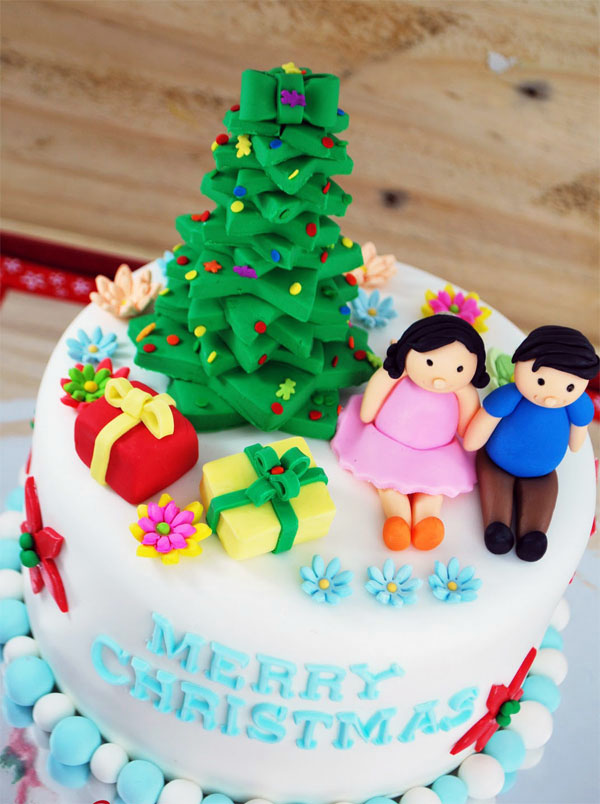 Awesome Christmas Cakes 14