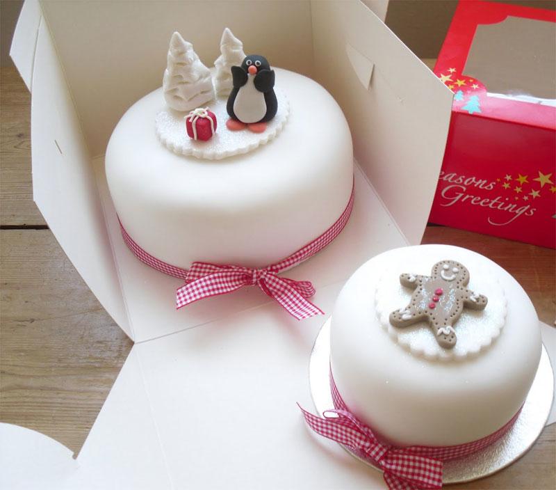 Fondant Cake For Christmas : Awesome Christmas Cakes 16