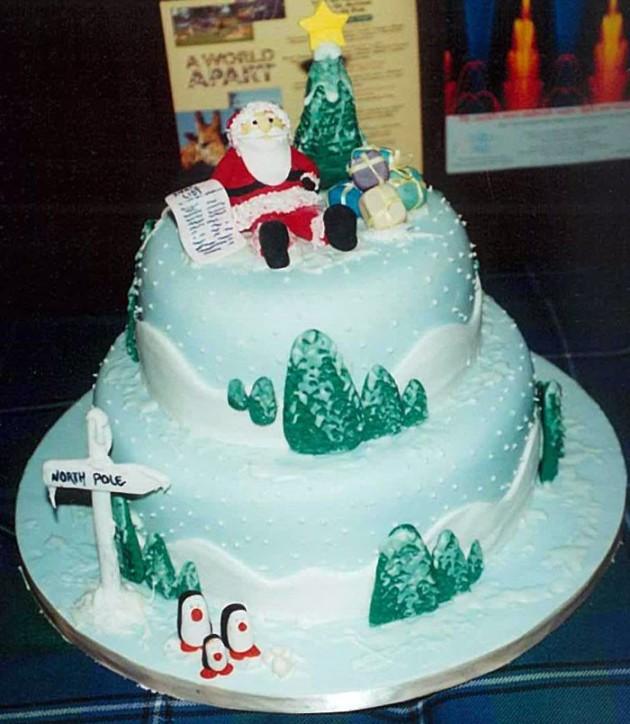 Awesome Christmas Cakes 20