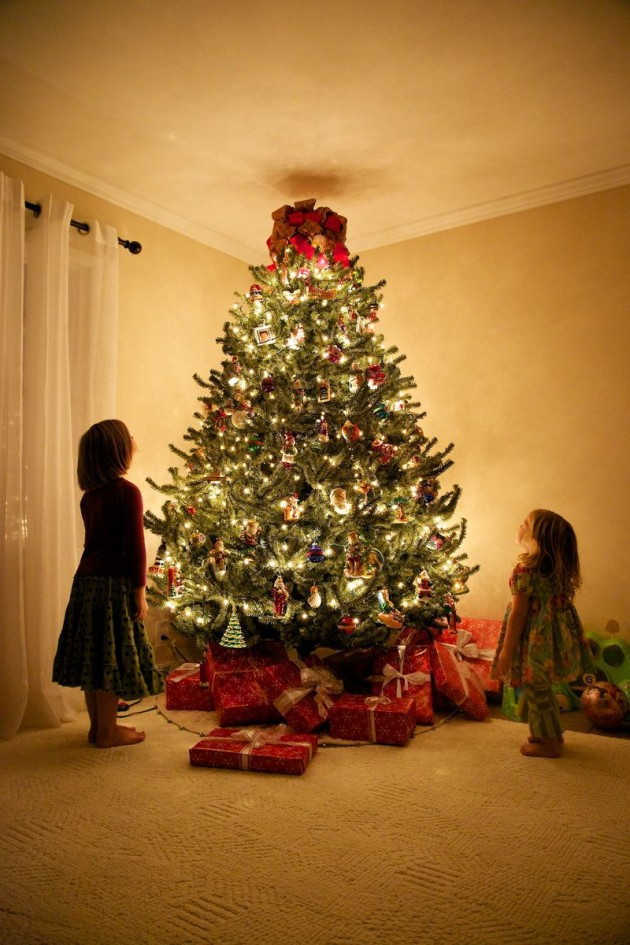 Epic christmas tree 630x945 20 Ideas that Help Get Creative with Your Christmas Tree