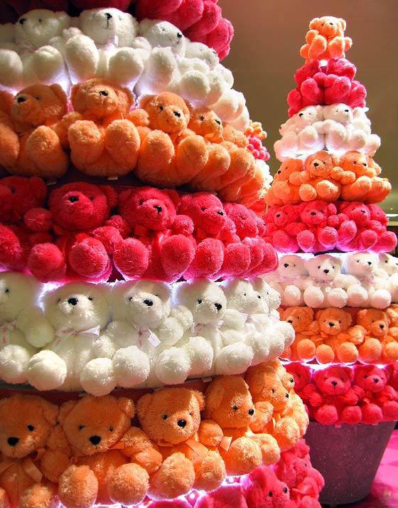 Teddy bear christmas tree 20 Ideas that Help Get Creative with Your Christmas Tree