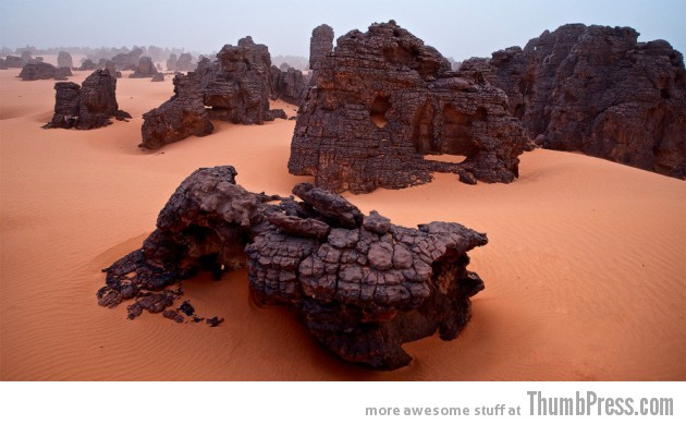 22. Libyan Desert 630x390 25 Epic Photographs of Breathtaking Landscapes