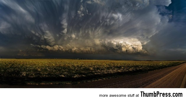 Amazing cloud formations 17 630x338 Amazing Nimbus: 25 Breathtaking Photographs of Beautiful Cloud Formation